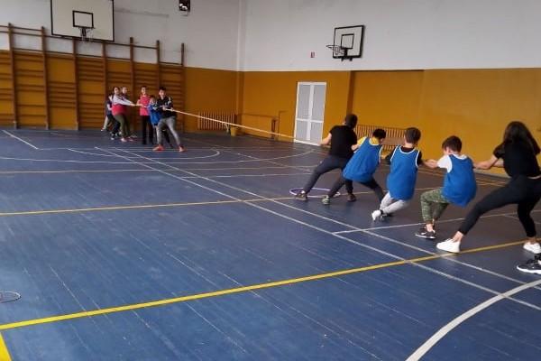 sport-5-klasove-377387181-2323-EF49-AF93-765960E60A2B.jpg